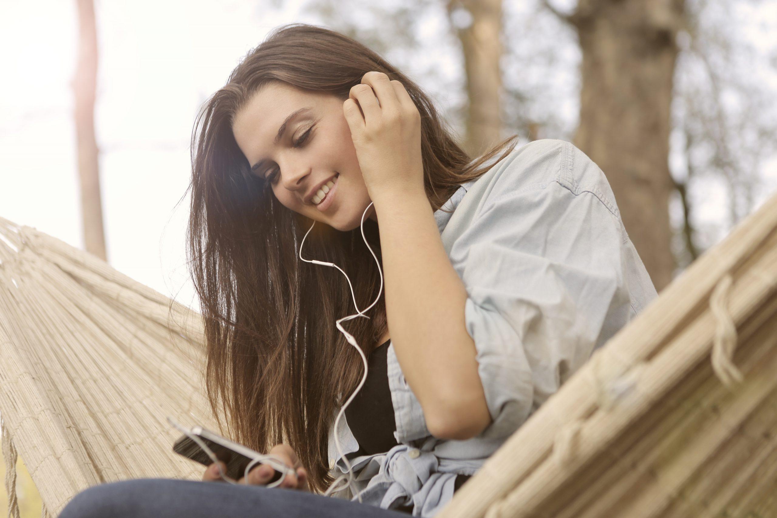 最近増加のヘッドホン難聴(騒音性難聴)とは?