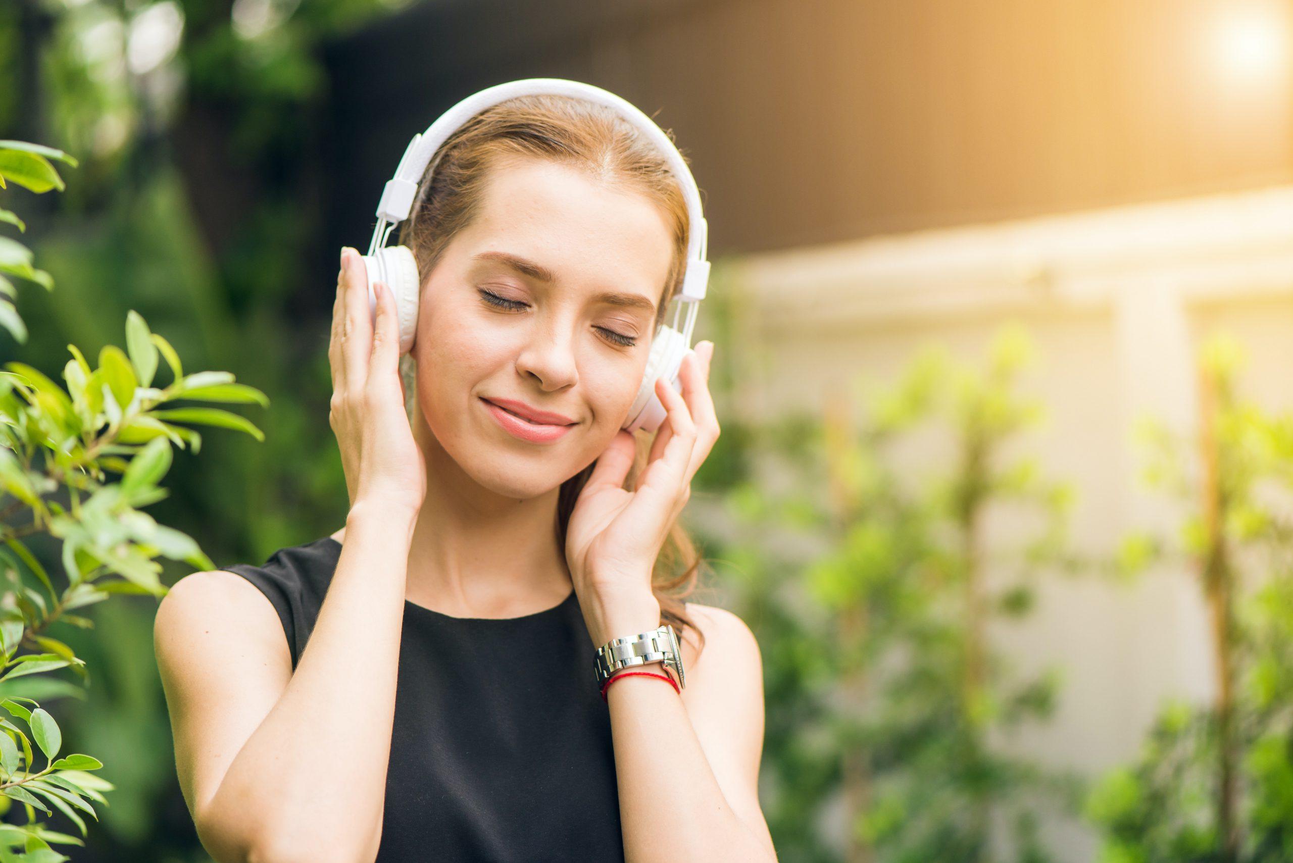 もしかして聴覚過敏かも?その原因や治療法について