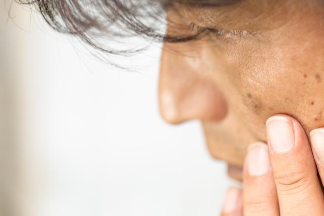 片耳(左耳・右耳)が聞こえない時の対処法は?今からできる予防法も紹介