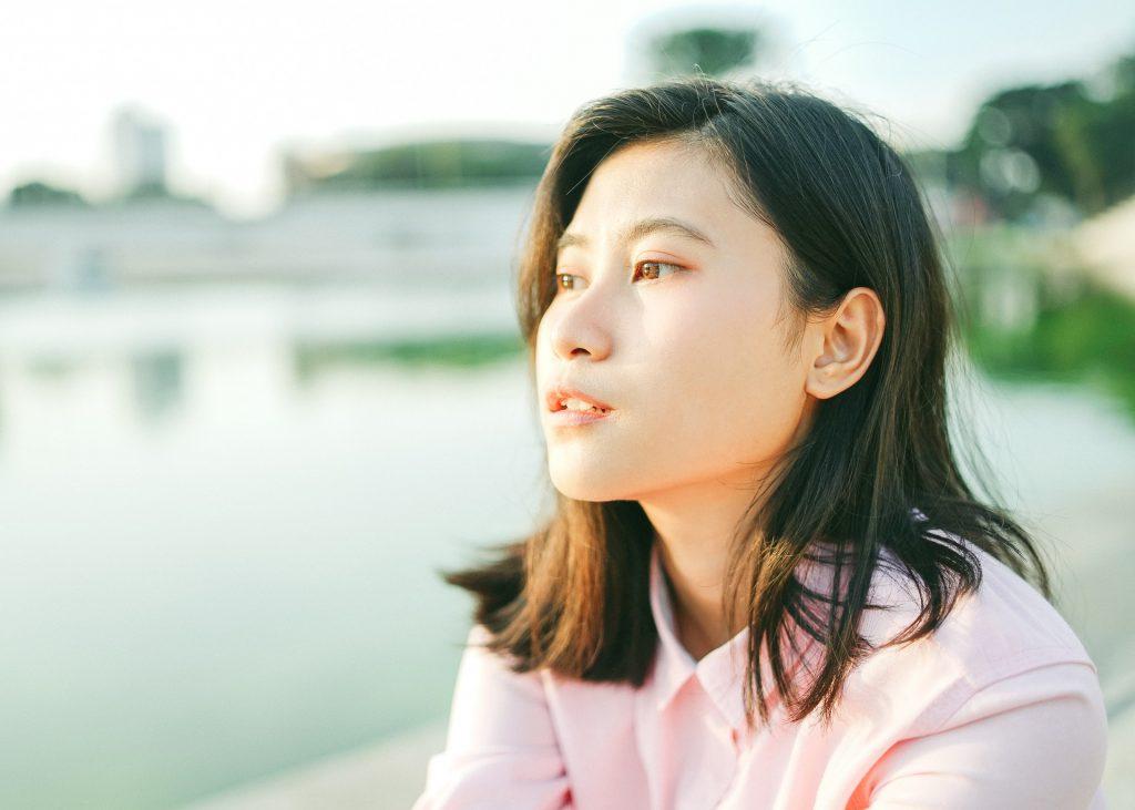 woman ear bone anchored hearing aids