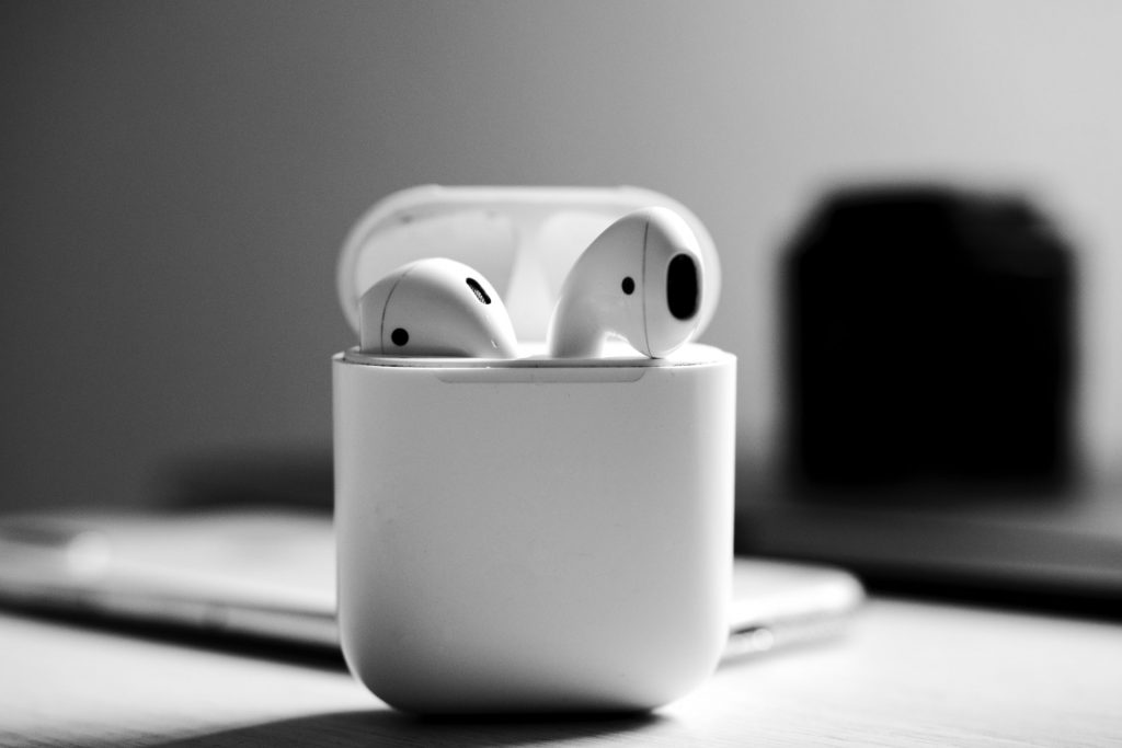 Apple AirPods and Case Picture